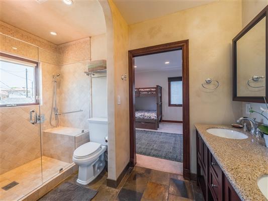 Guest Bathroom 3 B