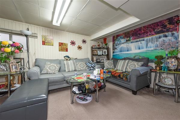Basement/Living Room