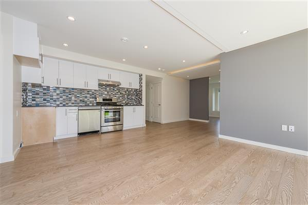 Living/ Dining/Kitchen