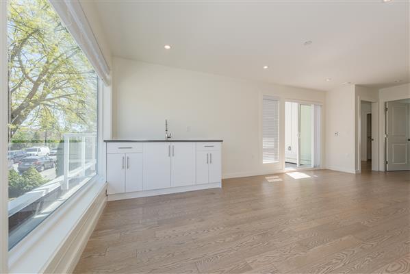 Upper Floor Kitchen/ Living