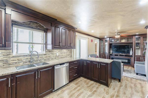 Kitchen / Family Room