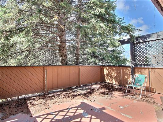 4-1226-2nd-ave-canmore-deck-front-2
