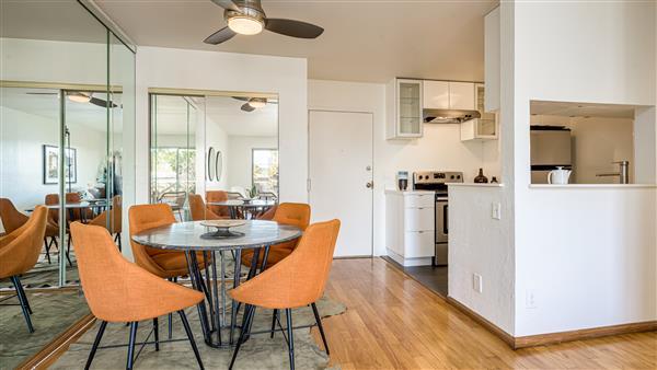 Dining Area | Kitchen