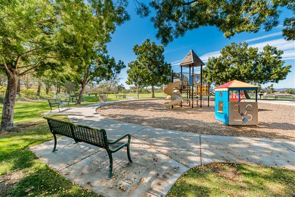 Pacific Hills Park