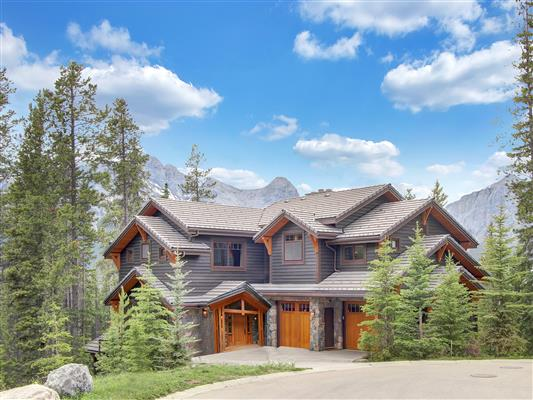 1-865-Silvertip-Heights-Canmore-exterior-fron
