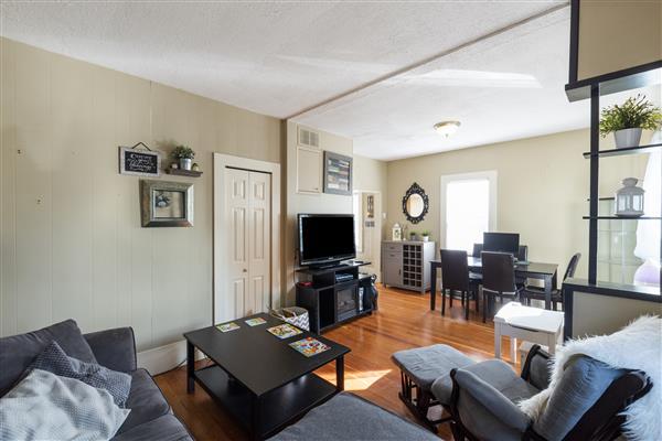 Living / Dining Room Allard