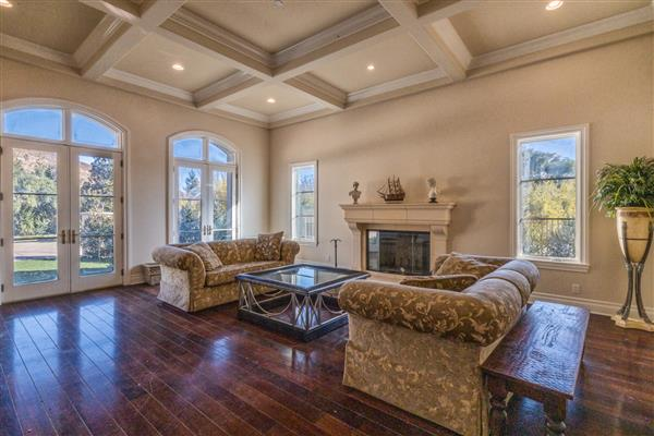 Reception Room - Living Room