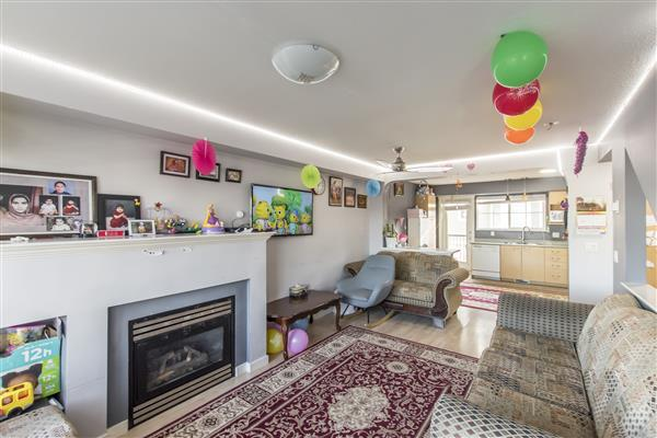 Family Room/ Kitchen
