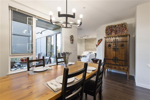 Dining Room / Livingroom
