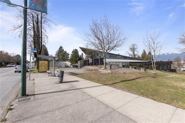 Renfrew Community Centre