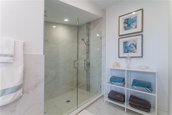 Second Master Bath