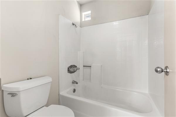 Primary Tub & Shower