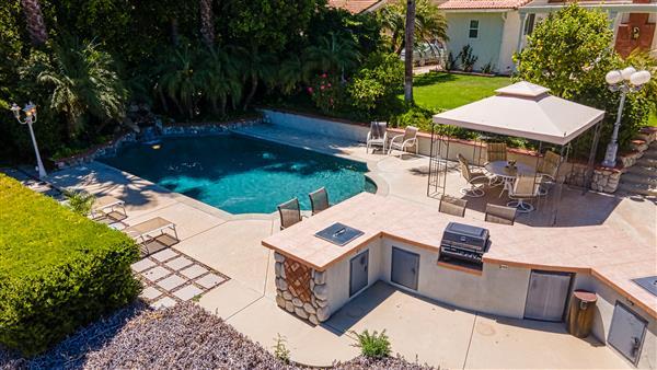 Pool Deck & Kitchen Deck