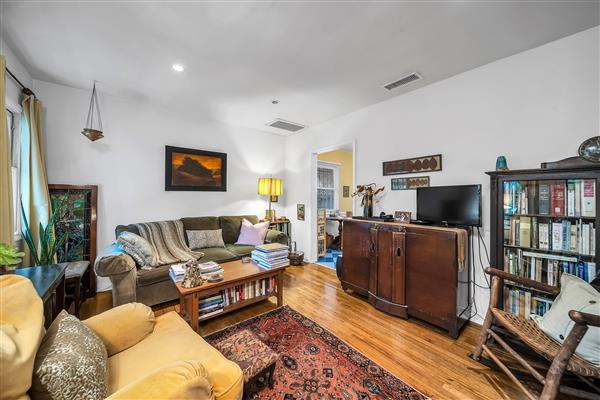 1215 S View Point 26
