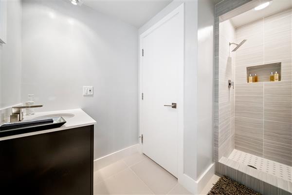 Lower Guest Bedroom Bath