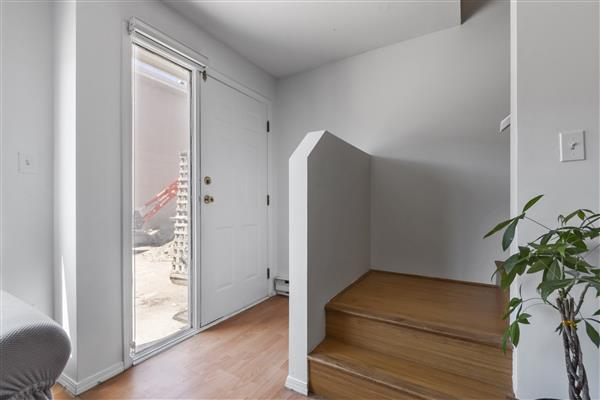 Foyer 2 / Rear Exterior