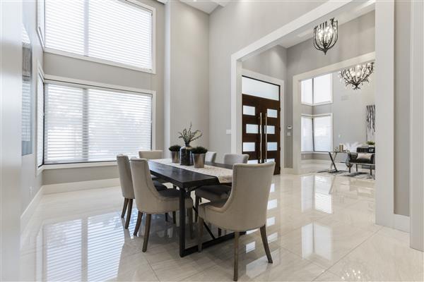 Foyer / Dining Room