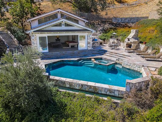 Pool/Game House/Pizza Oven