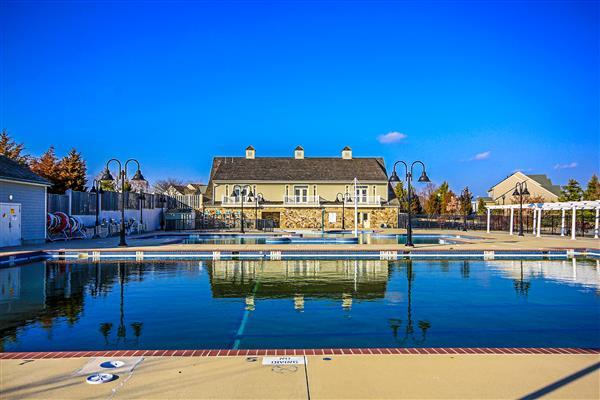 VOU Pool (2)