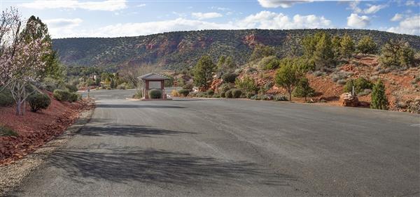 Mystic Hills Entrance